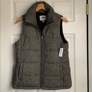 Old Navy Twill Print Puffer Vest